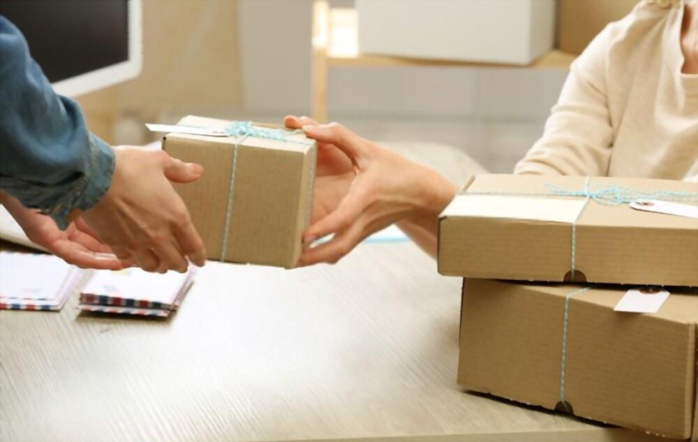 hire courier service